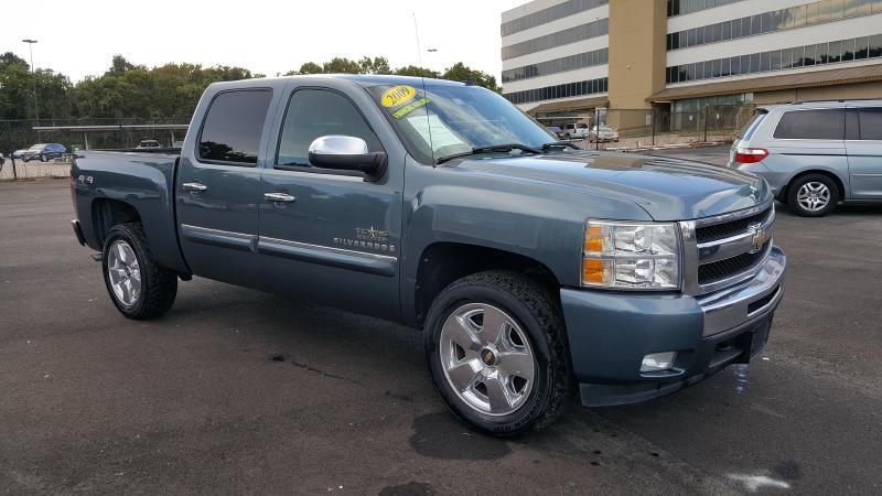 2009 CHEVROLET SILVERADO 1500 LT 4X4 4DR CREW CAB 58 FT SB blue air conditioning power windows