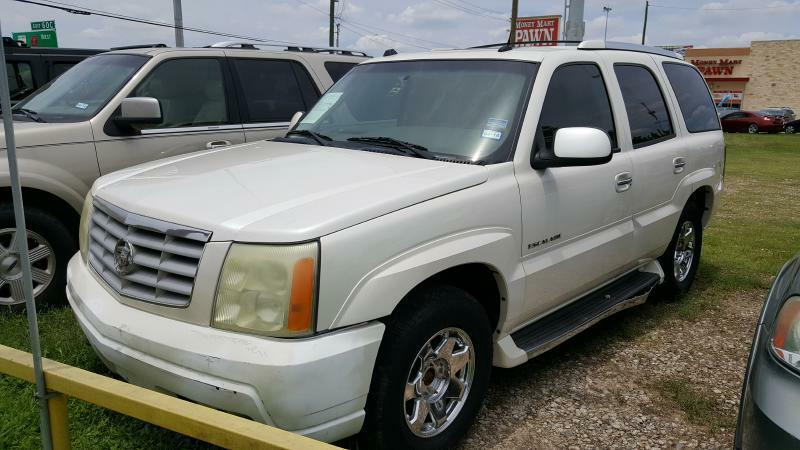 2004 CADILLAC ESCALADE BASE AWD 4DR SUV white air conditioning power windows power locks power
