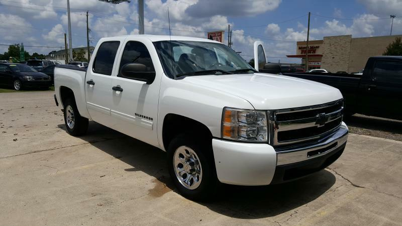 2011 CHEVROLET SILVERADO 1500 LT 4X2 4DR CREW CAB 58 FT SB white air conditioning power window