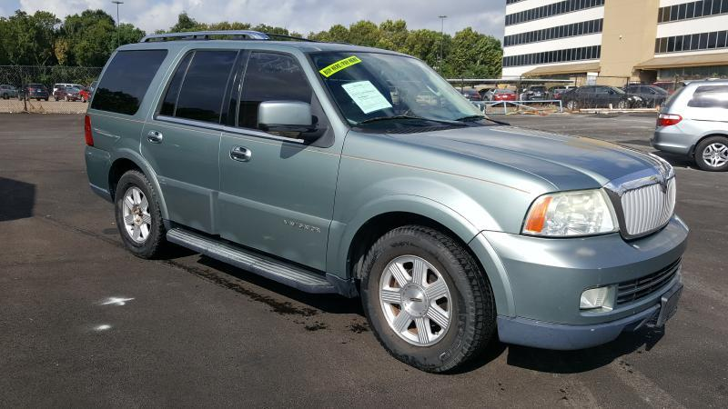 2005 LINCOLN NAVIGATOR LUXURY 4DR SUV blue air conditioning power windows power locks power st