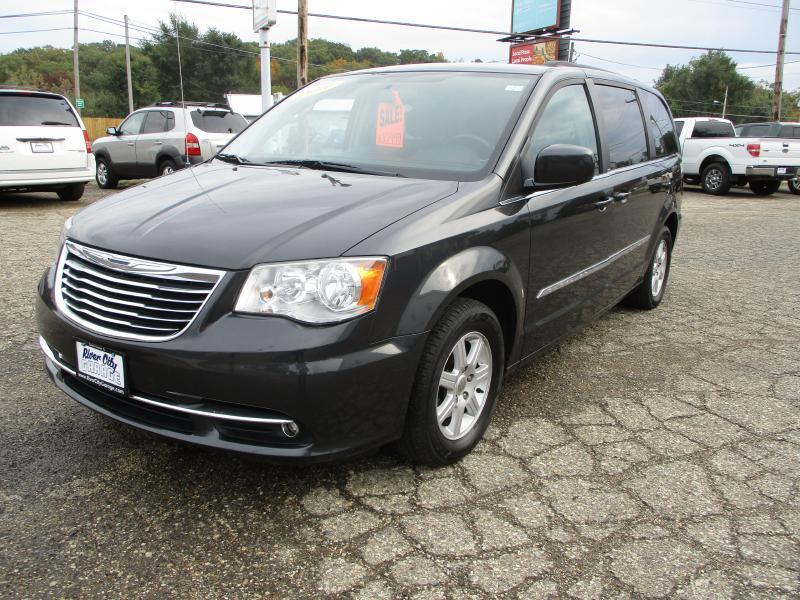2011 Chrysler Town and Country Touring 4dr Mini-Van - East Peoria IL