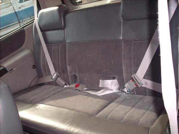 2003 Chevrolet Venture Warner Bros. 4dr Extended Mini-Van - Needmore PA