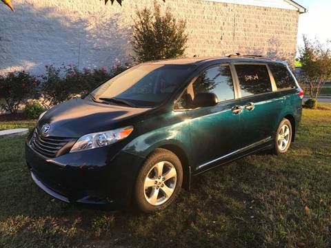 2011 Toyota Sienna for sale in Fredericksburg, VA
