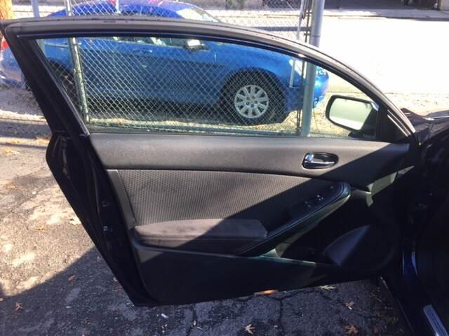 2010 Nissan Altima 2.5 S 2dr Coupe CVT - Irvington NJ