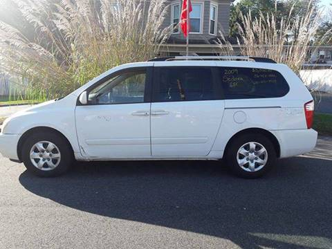 2009 Kia Sedona for sale in Huntington Station, NY