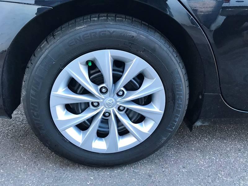 2016 Toyota Camry LE 4dr Sedan - Crystal MN