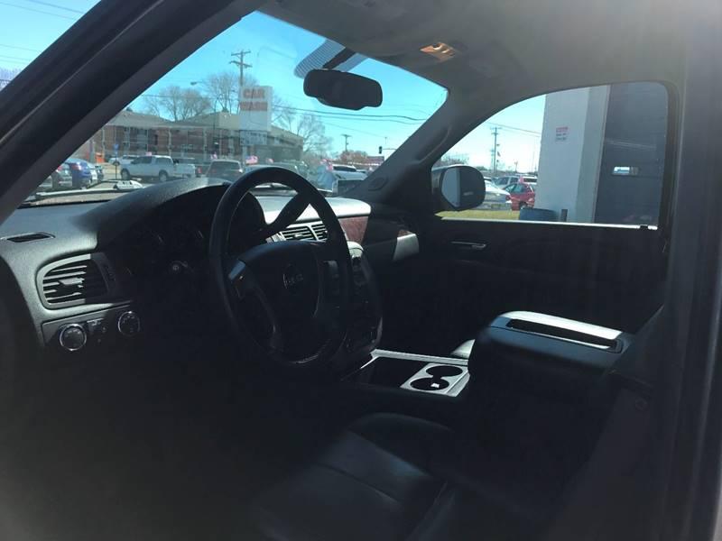 2009 GMC Yukon 4x4 SLT 4dr SUV w/ 4SB - Crystal MN