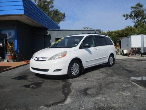 2007 Toyota Sienna for sale at AUTO BROKERS OF ORLANDO in Orlando FL