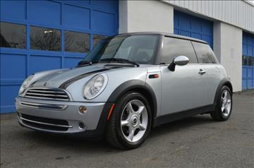 2005 MINI Cooper for sale at IdealCarsUSA.com in East Windsor NJ