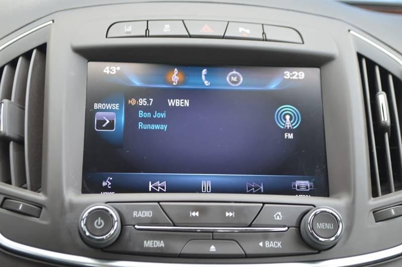 2014 Buick Regal Premium II 4dr Sedan full