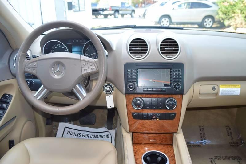 2008 Mercedes-Benz M-Class ML 350 AWD 4MATIC 4dr SUV full