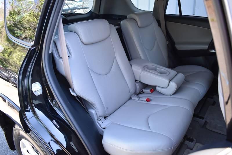 2010 Toyota RAV4 Limited 4×4 4dr SUV full