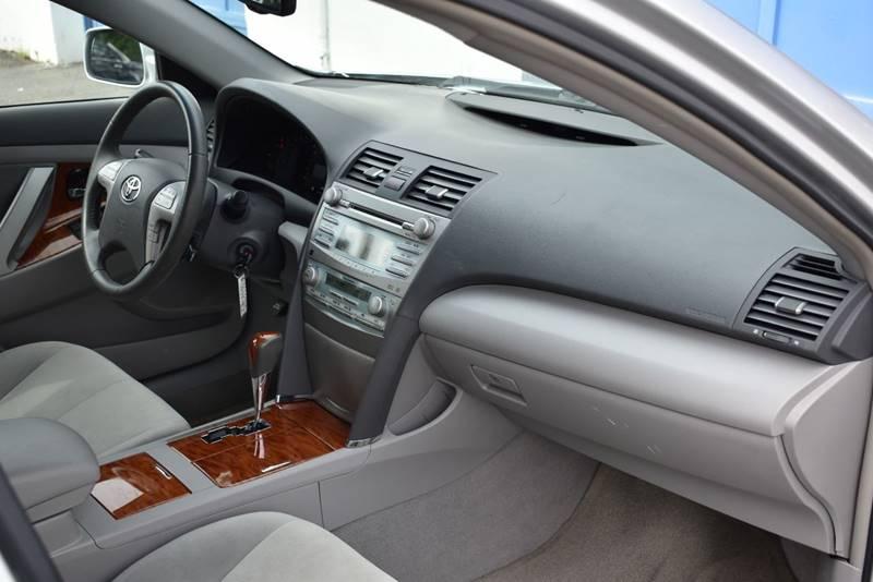 2008 Toyota Camry XLE 4dr Sedan 5A full