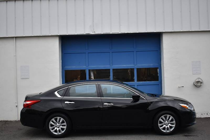 2016 Nissan Altima 2.5 S 4dr Sedan full
