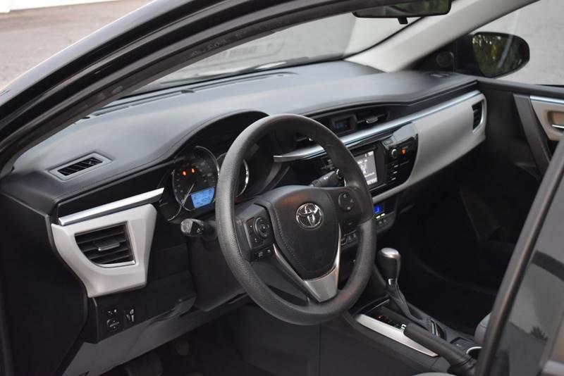2014 Toyota Corolla LE Premium 4dr Sedan full