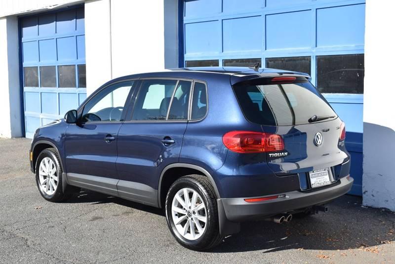 2014 Volkswagen Tiguan SE 4Motion AWD 4dr SUV full