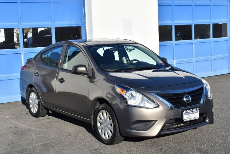 2015 Nissan Versa 1.6 S Plus 4dr Sedan full