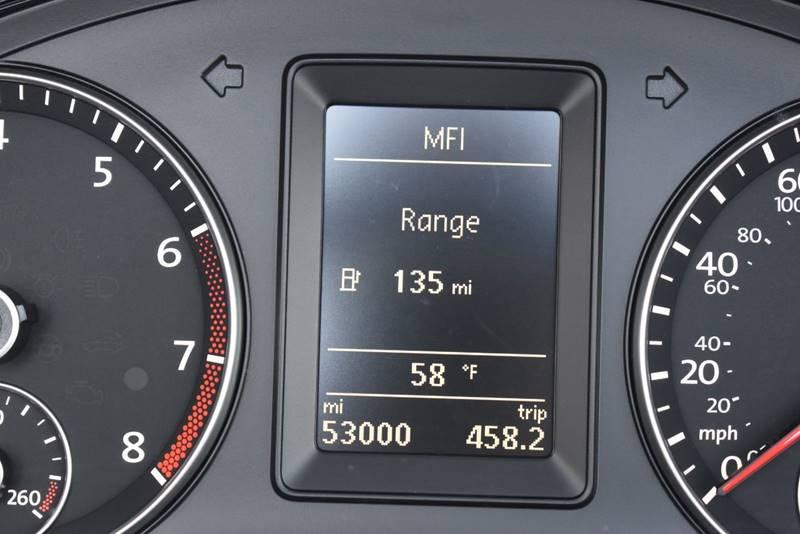 2013 Volkswagen Eos Komfort SULEV 2dr Convertible full