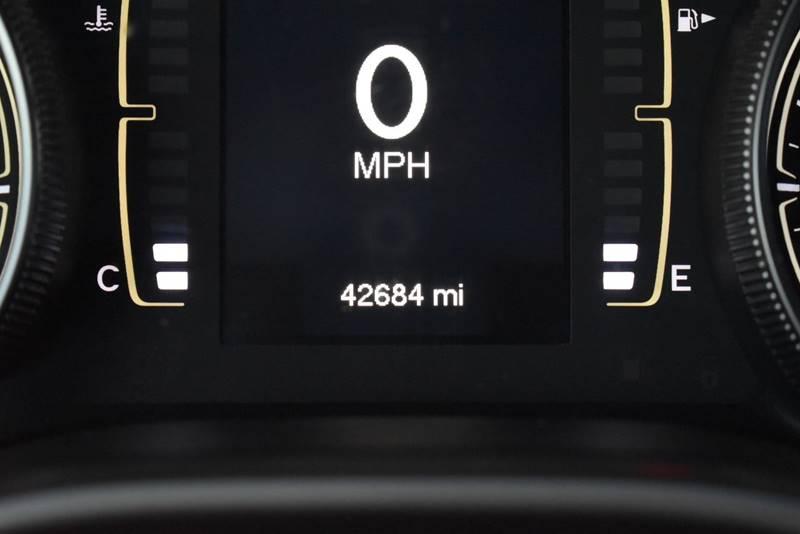 2014 Jeep Cherokee Latitude 4dr SUV full