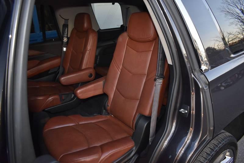 2015 Cadillac Escalade Premium 4×4 4dr SUV full