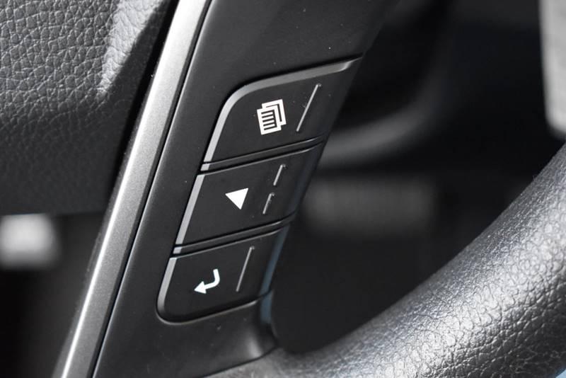 2016 Hyundai Santa Fe Sport 2.4L AWD 4dr SUV full