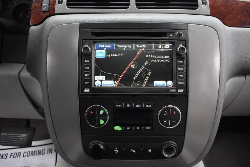 2009 GMC Yukon XL SLT 1500 4×4 4dr SUV w/ 4SA full