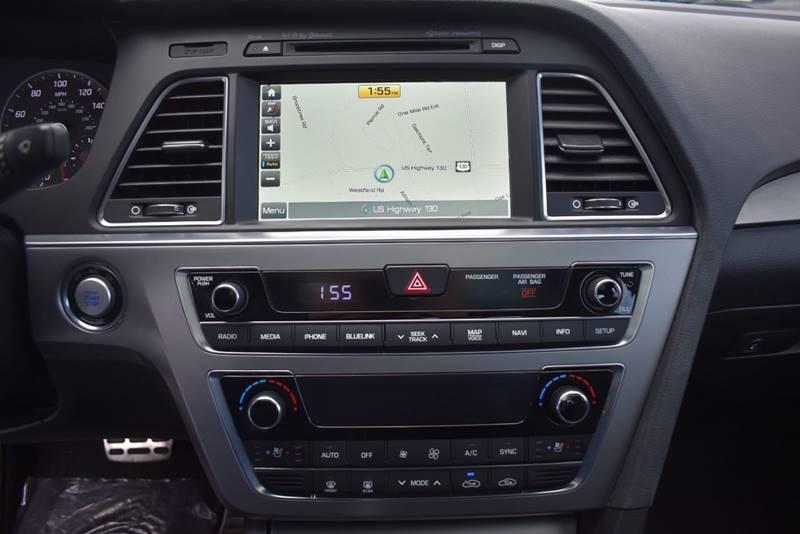 2017 Hyundai Sonata Sport 2.0T 4dr Sedan full