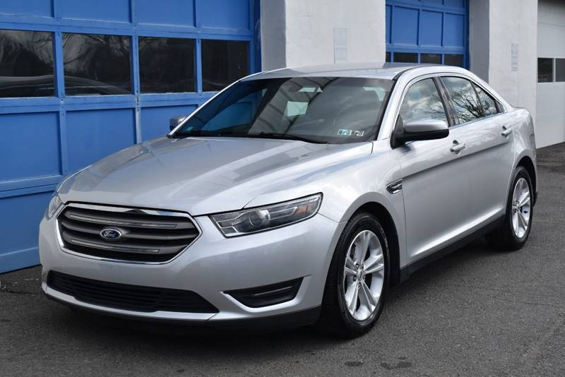 2016 Ford Taurus SEL AWD 4dr Sedan