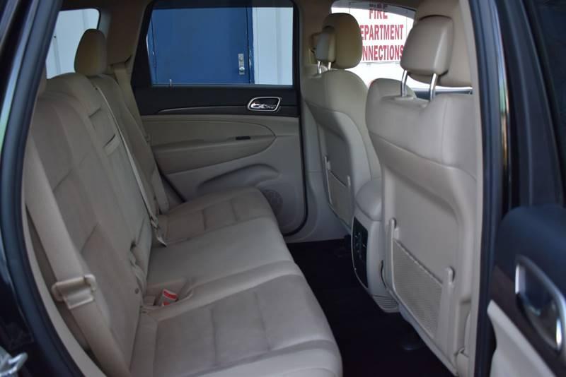 2014 Jeep Grand Cherokee Laredo 4×4 4dr SUV full