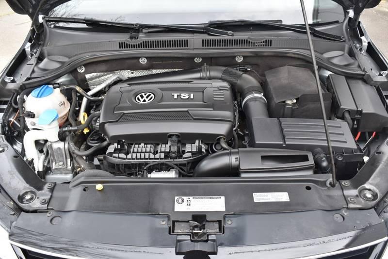 2017 Volkswagen Jetta 1.8T Sport 4dr Sedan full