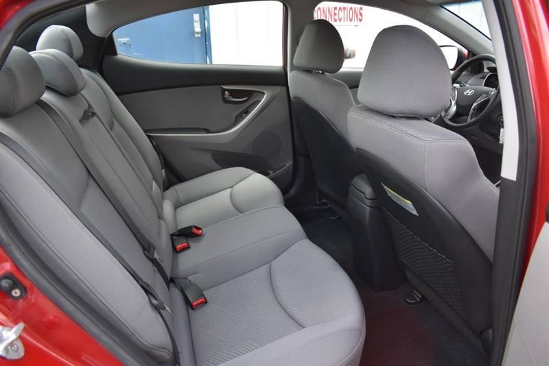 2013 Hyundai Elantra GLS 4dr Sedan 6A full