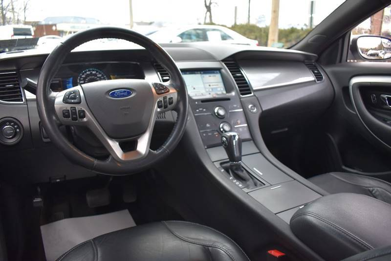 2016 Ford Taurus SEL AWD 4dr Sedan full