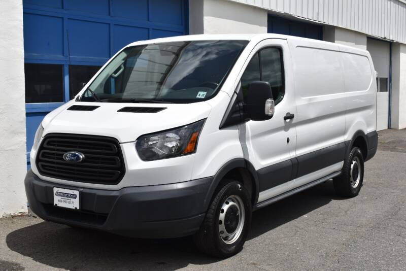 2016 Ford Transit Cargo 250 3dr SWB Low Roof Cargo Van w/Sliding Passenger Side Door full