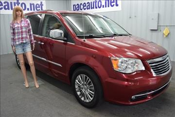 2013 Chrysler Town and Country for sale in Huntington, IN