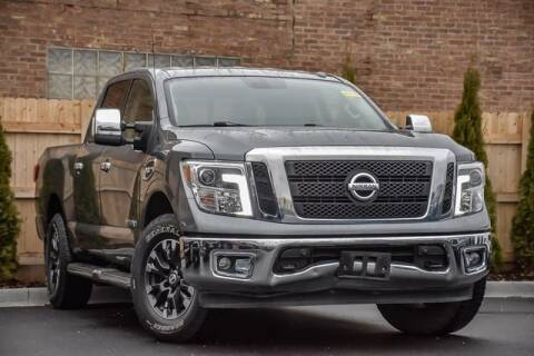 2017 Nissan Titan for sale in Clarendon Hills, IL