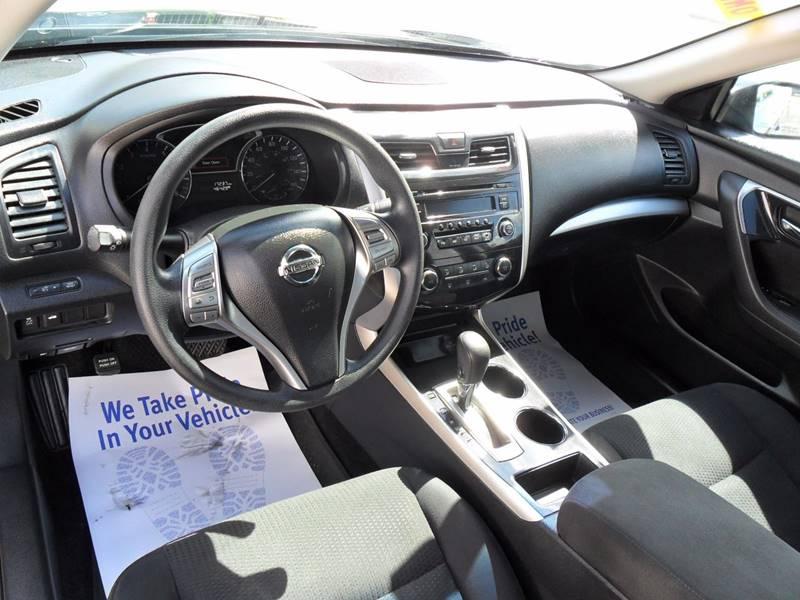 2014 Nissan Altima 2.5 S 4dr Sedan - Sycamore IL