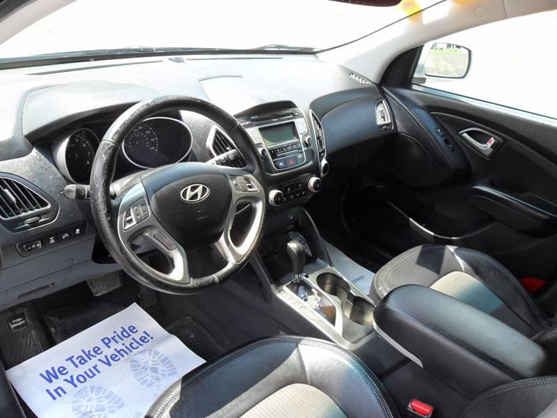 2012 Hyundai Tucson AWD GLS 4dr SUV - Sycamore IL