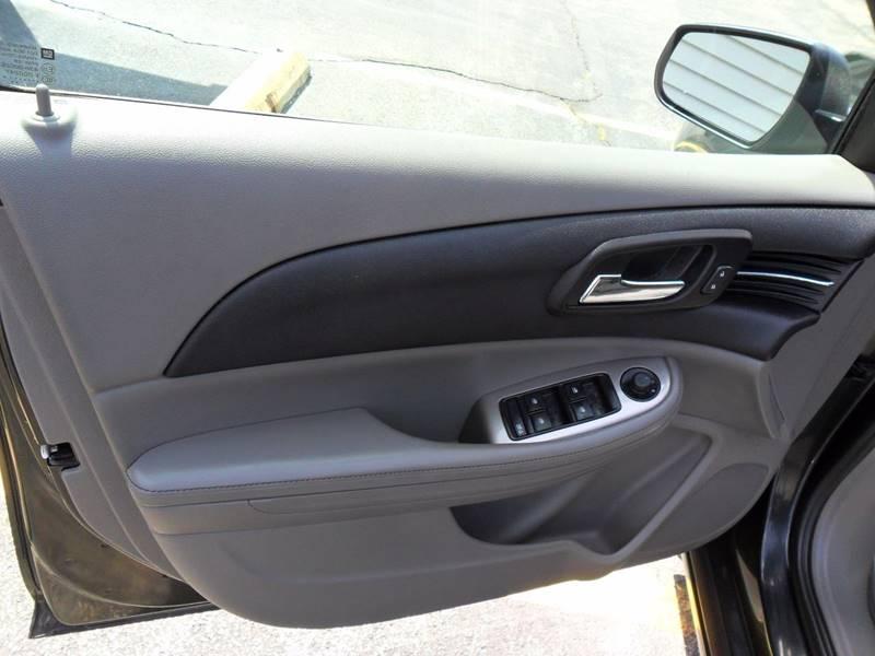 2014 Chevrolet Malibu LT 4dr Sedan w/1LT - Sycamore IL