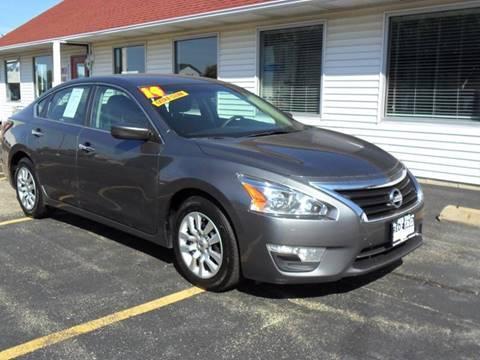 2014 Nissan Altima for sale in Sycamore, IL