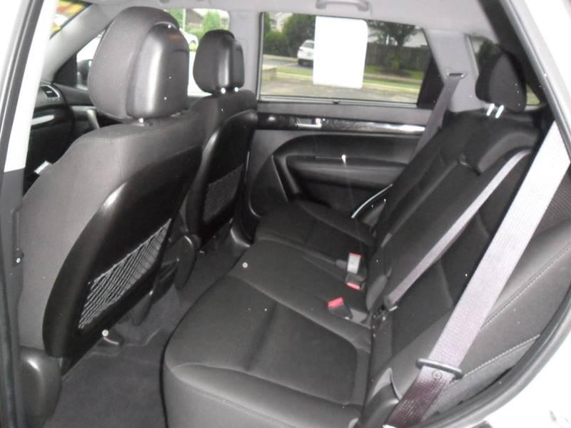 2014 Kia Sorento LX 4dr SUV - Sycamore IL