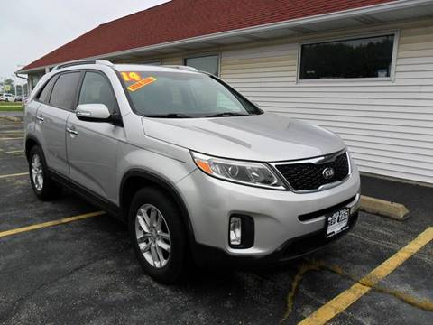 2014 Kia Sorento for sale at RED TAG MOTORS in Sycamore IL