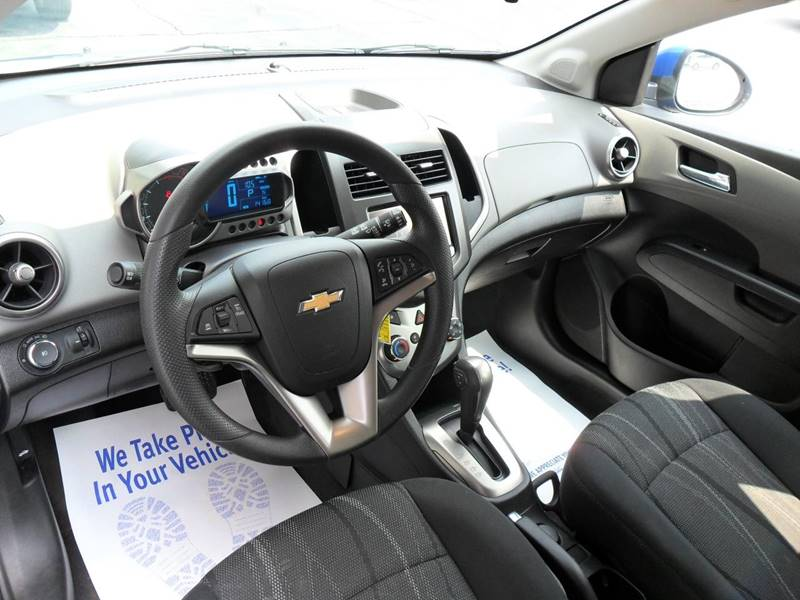 2016 Chevrolet Sonic LT Auto 4dr Hatchback - Sycamore IL