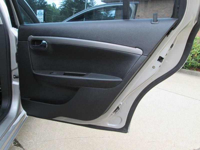 2008 Saturn Aura XR 4dr Sedan - North Canton OH