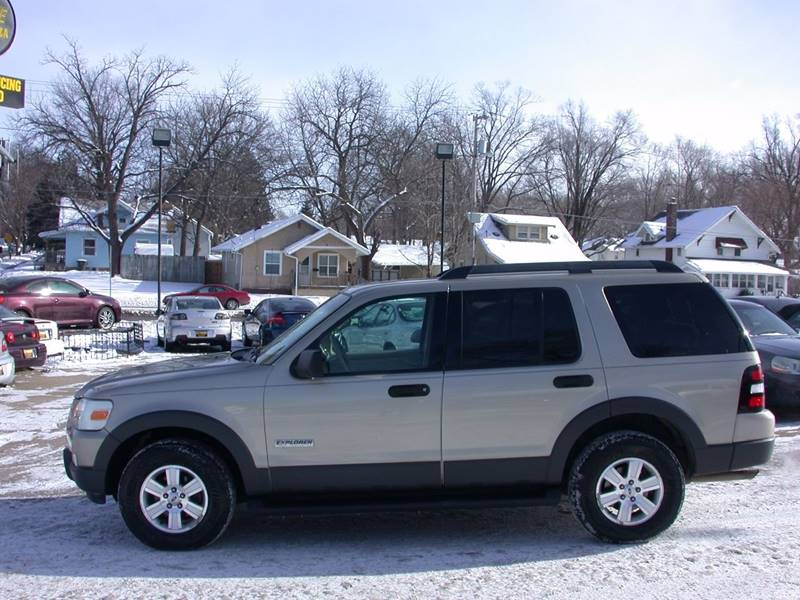 2006 ford explorer for sale in des moines ia cargurus. Black Bedroom Furniture Sets. Home Design Ideas