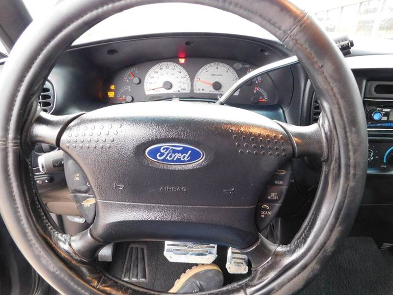 2001 Ford F 150 4dr Supercrew Harley Davidson 2wd Styleside Sb In