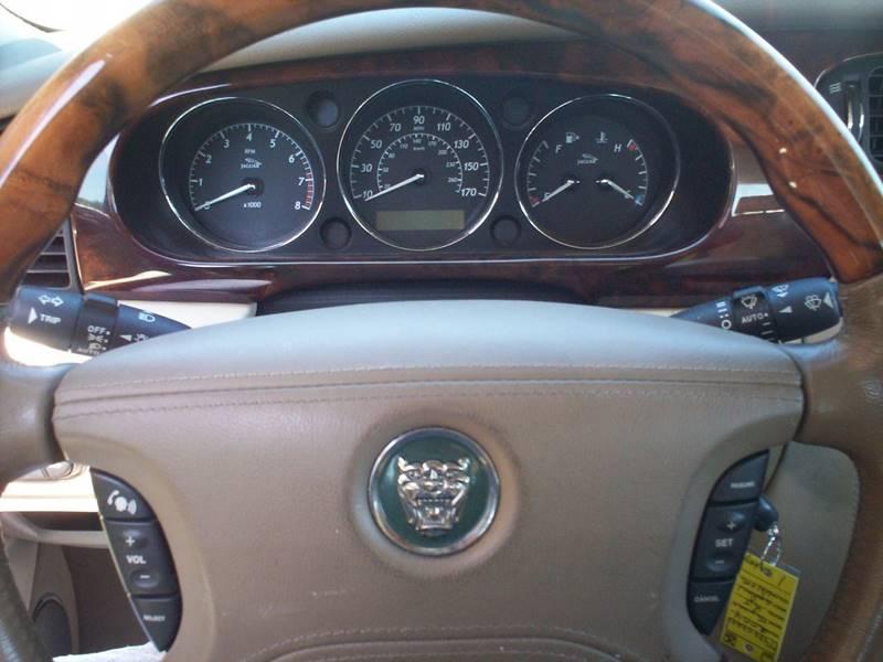 2004 Jaguar XJ-Series XJ8 4dr Sedan - Arlington TX