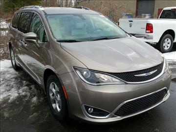 2017 Chrysler Pacifica for sale in Latham, NY
