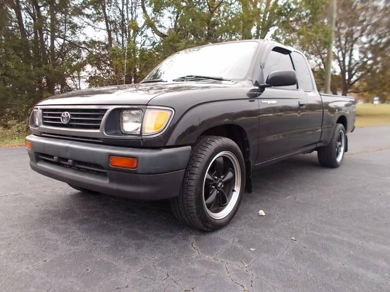 1995 Toyota Tacoma for sale at Carolina Auto Sales in Trinity NC