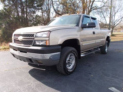 2005 Chevrolet Silverado 2500HD for sale at Carolina Auto Sales in Trinity NC