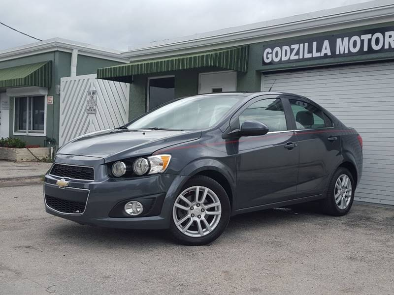 2013 CHEVROLET SONIC LT AUTO 4DR SEDAN gray this one is ready to drive home and show off  do